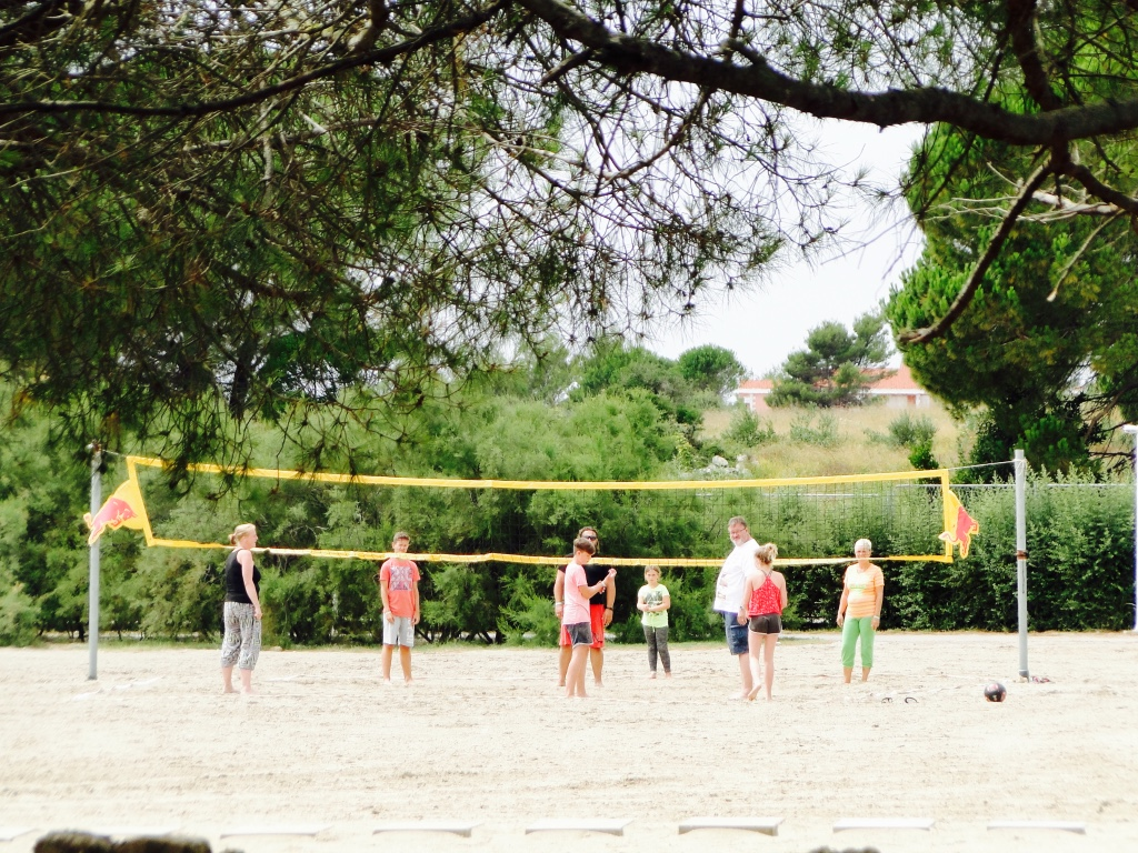 croatia-holiday-resort-zaton-beach-volley